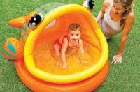 Planschbecken mit Sonnenschutz: Optimal für die Kleinsten