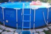 Leiter für den Pool: Steigen Sie sicher & bequem in Ihr Becken